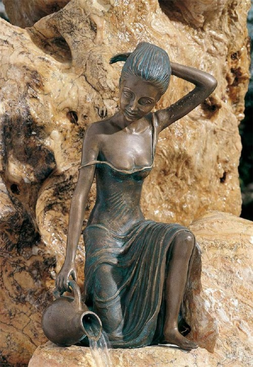 Mädchen Letizia 47cm Gartenfigur als Wasserspiel Bronze Wasserspeier Rottenecker