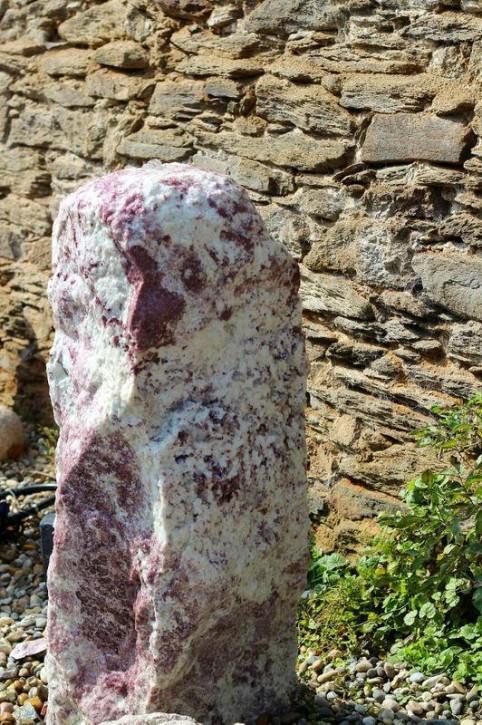 Wasserspiel SET Quellstein Marmor 120cm Gartenbrunnen inkl. Pumpe Becken