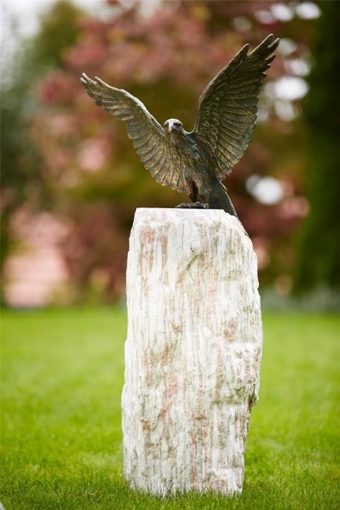Adler Roter Milan auf Naturstein Säule 105cm Gartenfigur Bronze Skulptur Rottenecker