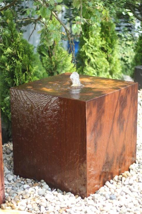 Wasserspiel SET Cortenstahl Würfel 40 Gartenbrunnen Edelrost Design