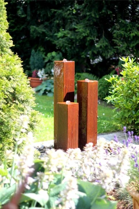 Wasserspiel SET Cortenstahl 3er Säulen 100cm Gartenbrunnen Edelrost Design