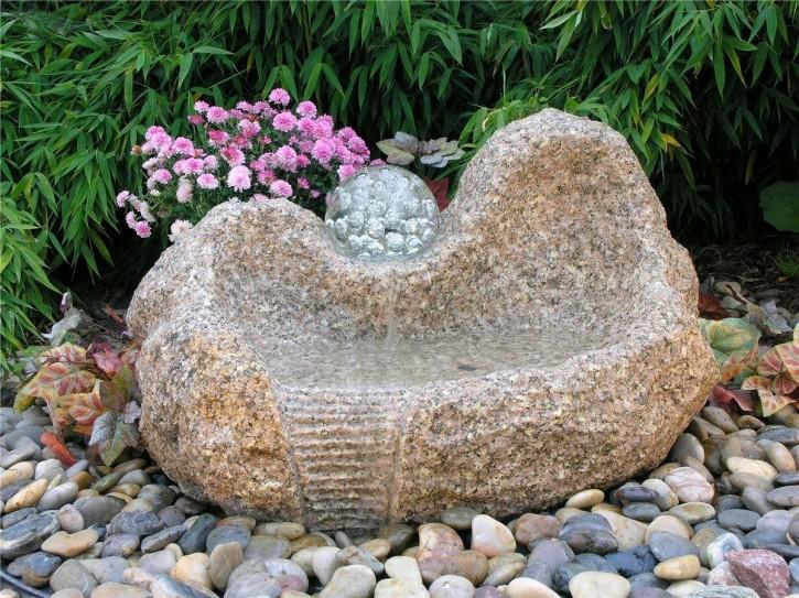 Wasserspiel SET Quellstein Yuan L80cm Granit Gartenbrunnen mit dreh. Glaskugel