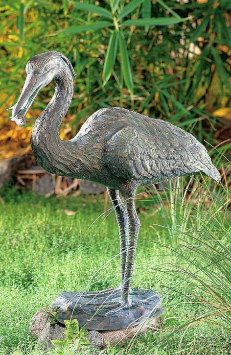 Bronzefigur Graureiher 60cm mit Fisch Bronze Fischreiher Gartenfigur Rottenecker