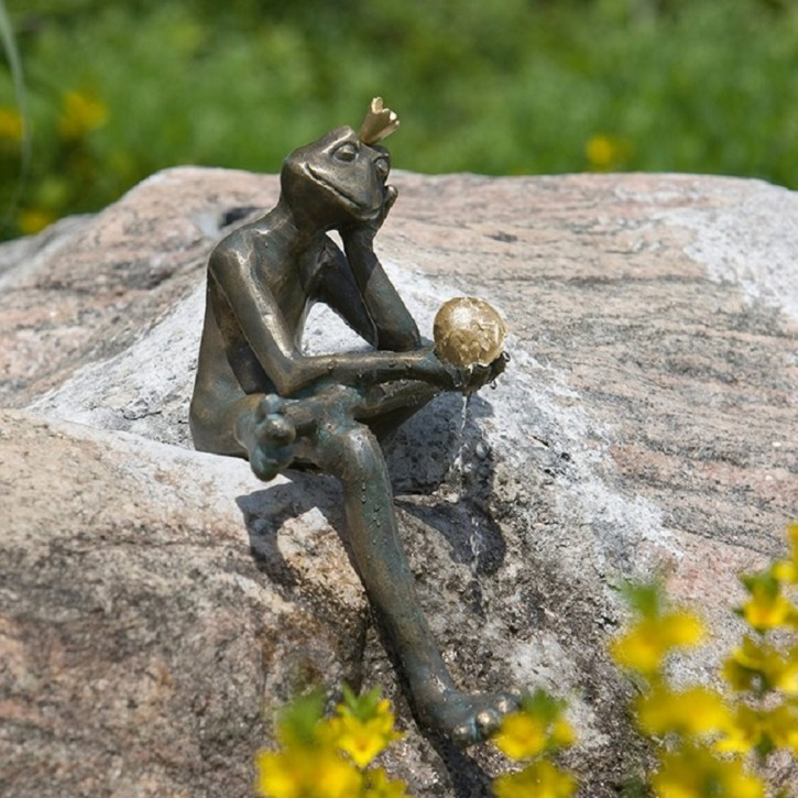 Bronzefigur Froschkönig Borris 35 Bronze Wasserspeier von Rottenecker