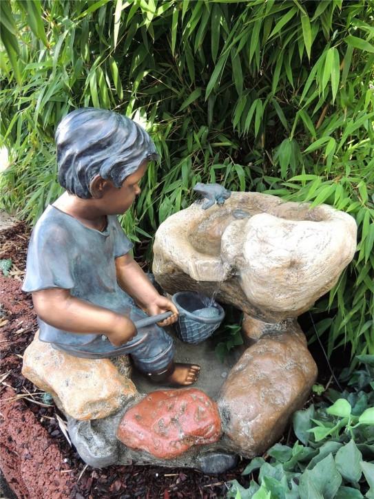 Zierbrunnen Noah mit Netz 53 cm Polystone Gartenbrunnen inkl. Pumpe und LED