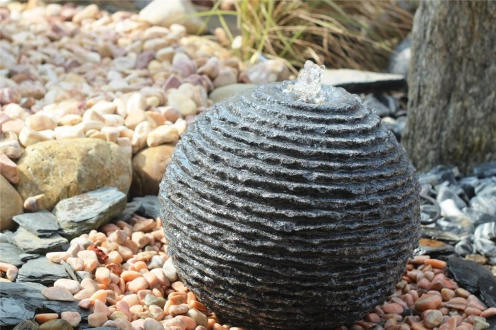 Wasserspiel SET Granit Kugel Saturn 35 Gartenbrunnen inkl. Becken Pumpe