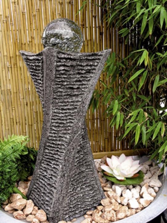 Wasserspiel SET Quellstein Swirl 60cm Granit Gartenbrunnen mit dreh. Glaskugel