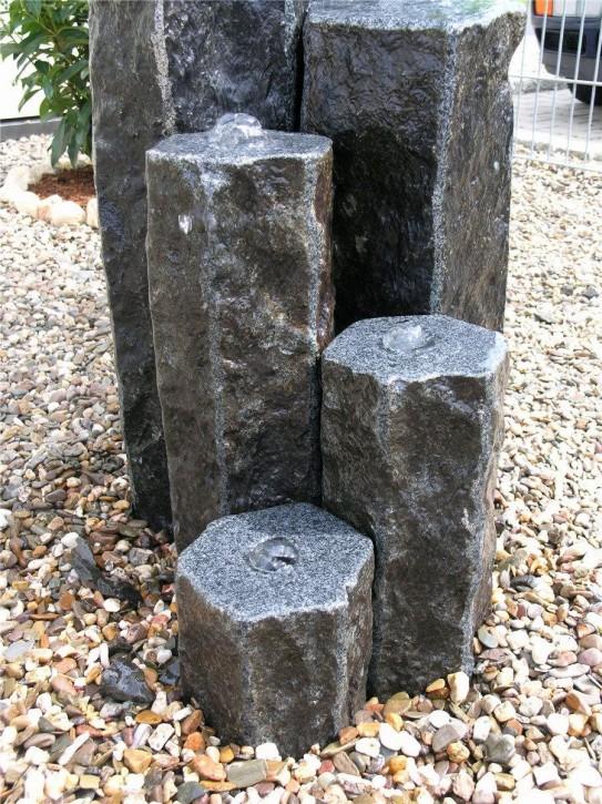 Wasserspiel SET 3er Säulen Everest 50cm Granit Gartenbrunnen inkl. Pumpe