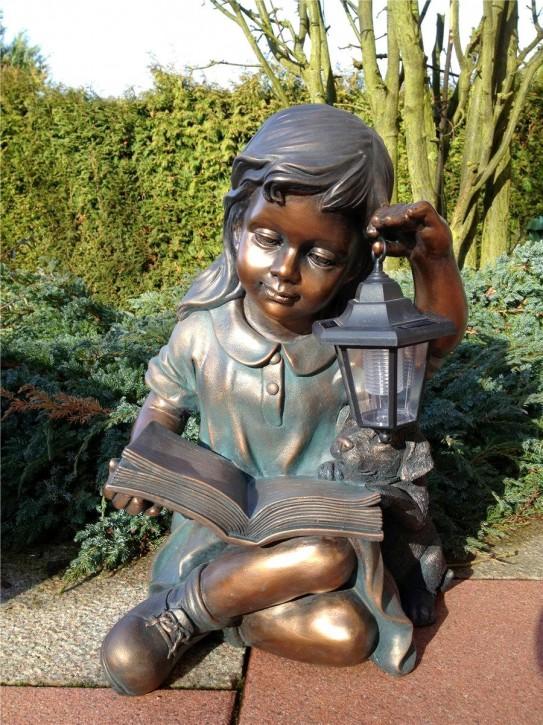 Gartenfigur Mädchen Laura 50cm mit Hund und Solar-Laterne Teichfigur Polystone