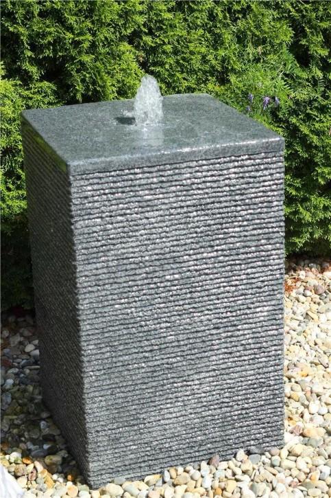 AUSSTELLUNGSSTÜCK! Wasserspiel SET Quellstein Quader 80cm Granit Gartenbrunnen inkl. Pumpe