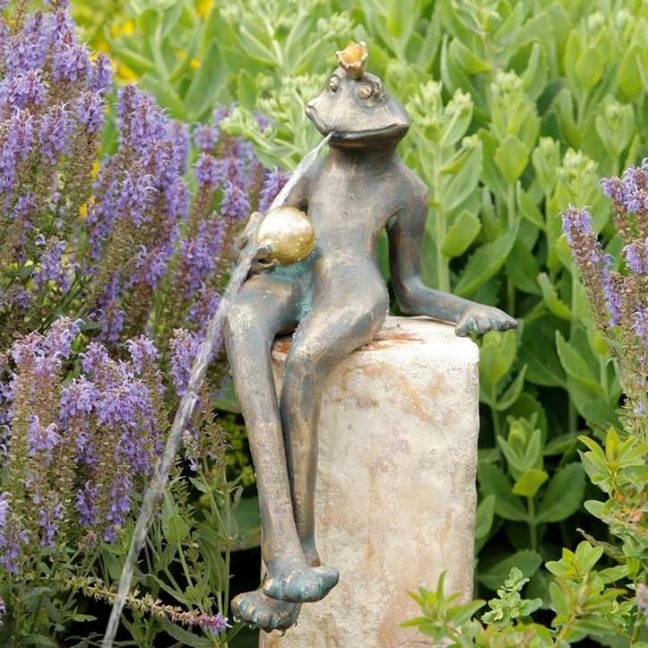 Bronzefigur Froschkönig Gunter 32 Bronze Wasserspeier von Rottenecker