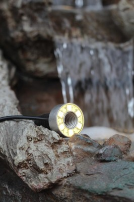 PE Becken mit GFK Deckel Ø66cm | Pumpe Oase Aquarius Universal 1500 | LED